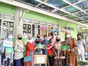 Al Qur'an Braille Bantu Penyandang Tunanetra di Yogyakarta Foto: LAZ Al Azhar Yogyakarta