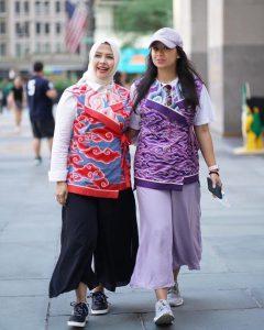 Tampil Kompak, Nur Asia Uno dan Putri Sulungnya Pakai Batik Mega Mendung